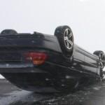 Un șofer s-a răsturnat cu mașina în șanț pe raza localității Galați