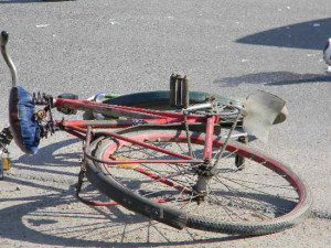 biciclist-accidentat-metes