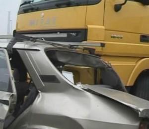 accident-auto-cu-tir