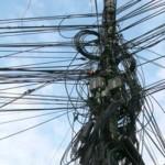 La Zlatna, cablurile supraterane vor fi taxate de primărie de 6 ori mai mult decât cele îngropate