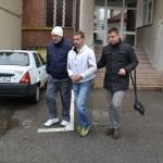 Un tânăr din Zlatna a fost reținut de polițiști după ce a furat o armă de vânătoare și muniția aferentă