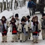 Obiceiuri şi tradiţii de Anul Nou: Pluguşorul, Capra, umblatul cu Ursul, Sorcova. Cele mai frumoase obiceiuri din ţara noastră | zlatnainfo.ro