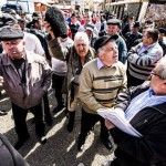 Fermierii din zona Zlatnei au ieșit astăzi în stradă revoltați de pagubele tot mai mari provocate de mistreți și lupi