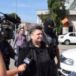 Una dintre cele două foste angajate implicate în delapidarea de la CEC Bank Zlatna, arestată preventiv pentru 30 de zile