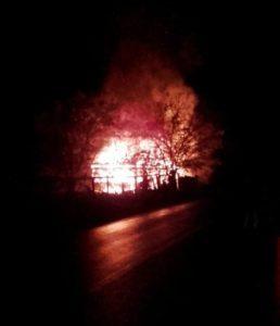 incendiu-casa-metes-oct-2016